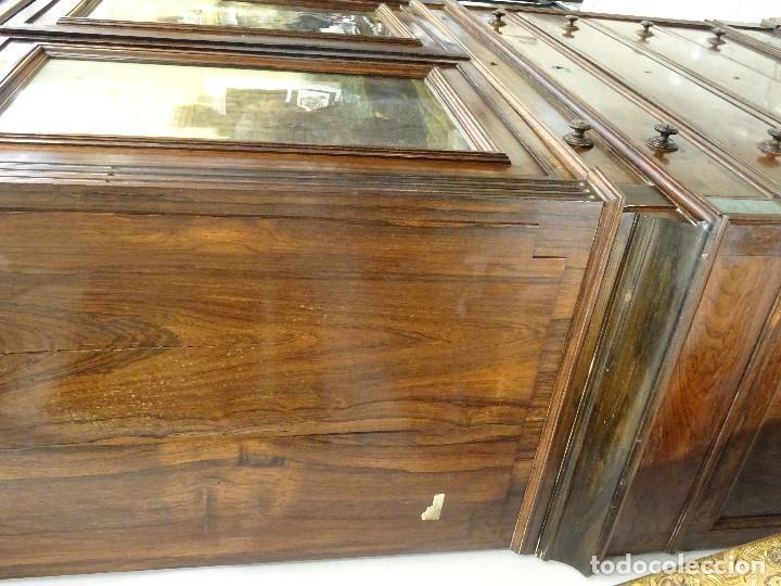 Antigüedades: Mueble inglés estilo Jorge III, S.XIX en madera de palosanto y roble en el interior - Foto 28 - 185701417