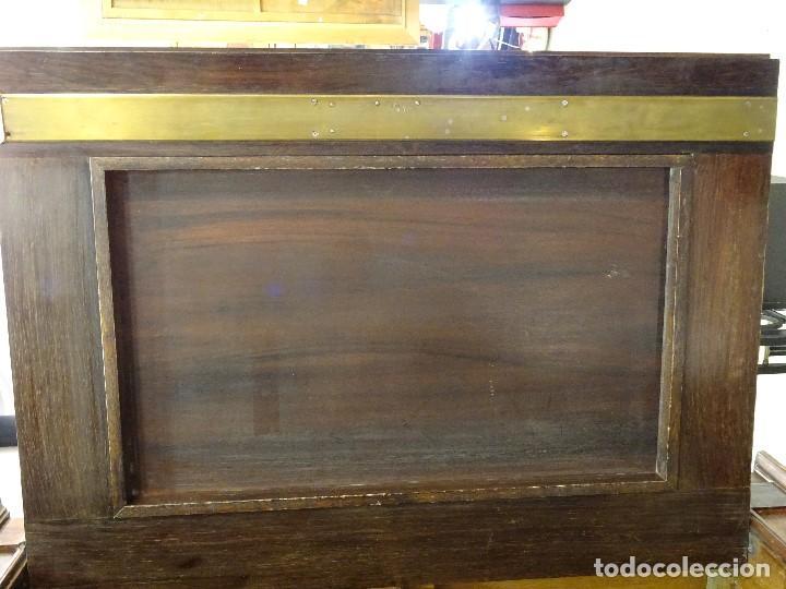 Antigüedades: Mueble inglés estilo Jorge III, S.XIX en madera de palosanto y roble en el interior - Foto 31 - 185701417
