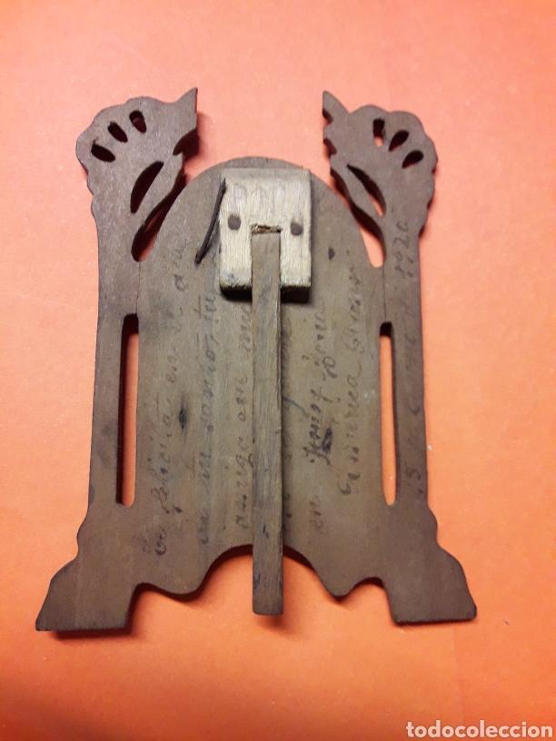 Antigüedades: Bonito y Pequeño porta paz antiguo de plata y madera hacia 1920 - Foto 3 - 185718180
