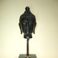 Antigüedades: CABEZA DE BUDA THAI EN BRONCE DE FUNDICIÓN. Lote 185719947