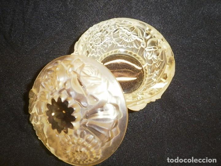 Antigüedades: JUEGO DE TOCADOR DE CRISTAL TIPO LALIQUE - Foto 3 - 185730222
