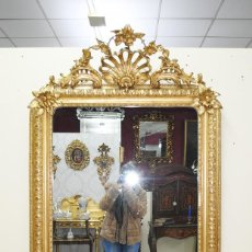 Antigüedades: ESPEJO ANTIGUO ISABELINO MADERA TALLADA Y PAN DE ORO SIGLO XIX. Lote 185770462