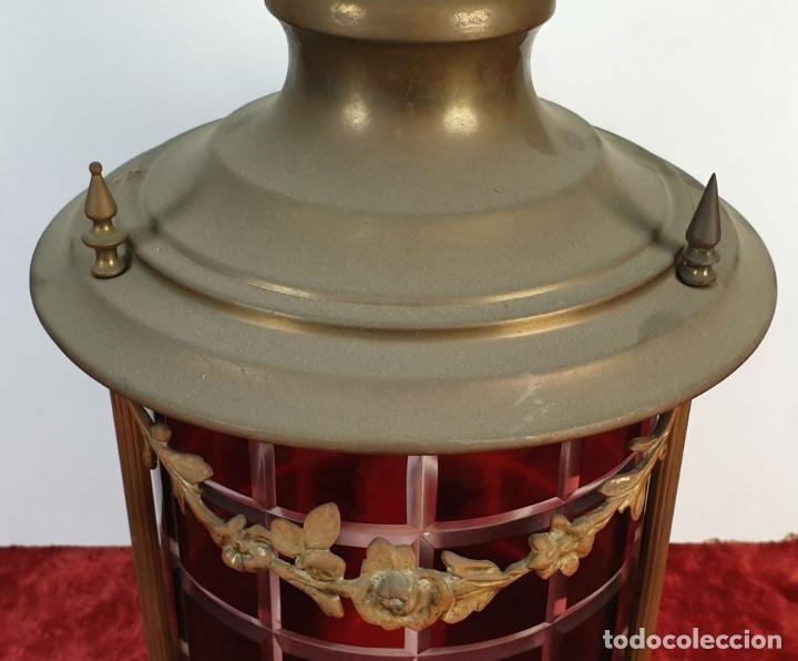 Antigüedades: FAROL MODERNISTA. CRISTAL TALLADO Y LATÓN DORADO. SIGLO XX. - Foto 2 - 185774175