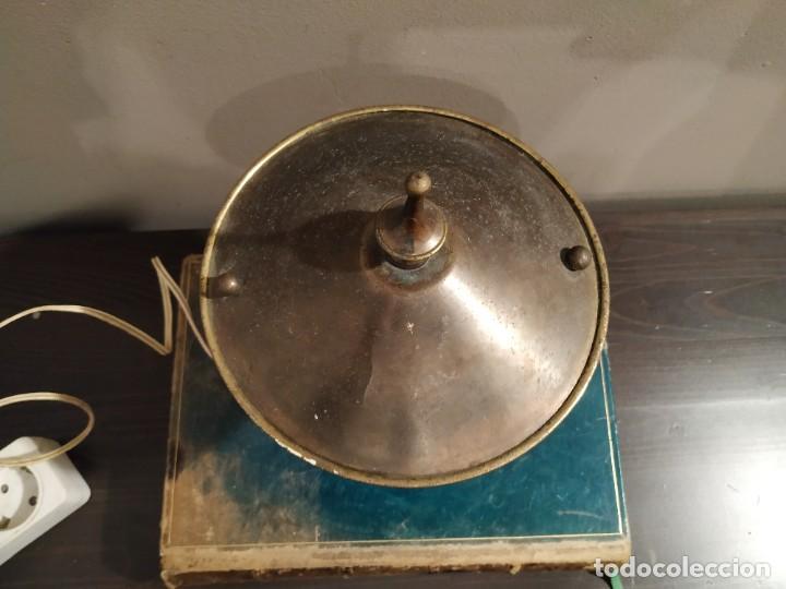 Antigüedades: ANTIGUA LAMPARA SOBREMESA METAL DORADO - Foto 6 - 185777465