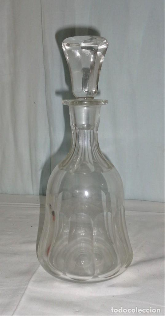 BOTELLA LICORERA INGLESA, CRISTAL TALLADO 1940 (Antigüedades - Cristal y Vidrio - Inglés)