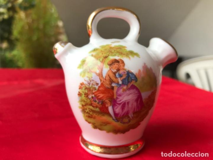 BOTIJO MINIATURA PORCELANA PUCHADES VALENCIA 8,5 CM (Antigüedades - Porcelanas y Cerámicas - Manises)