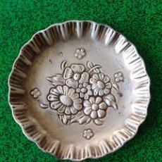Antigüedades: BANDEJITA DE PLATA ESPAÑOLA CONTRASTADA.. Lote 185883676