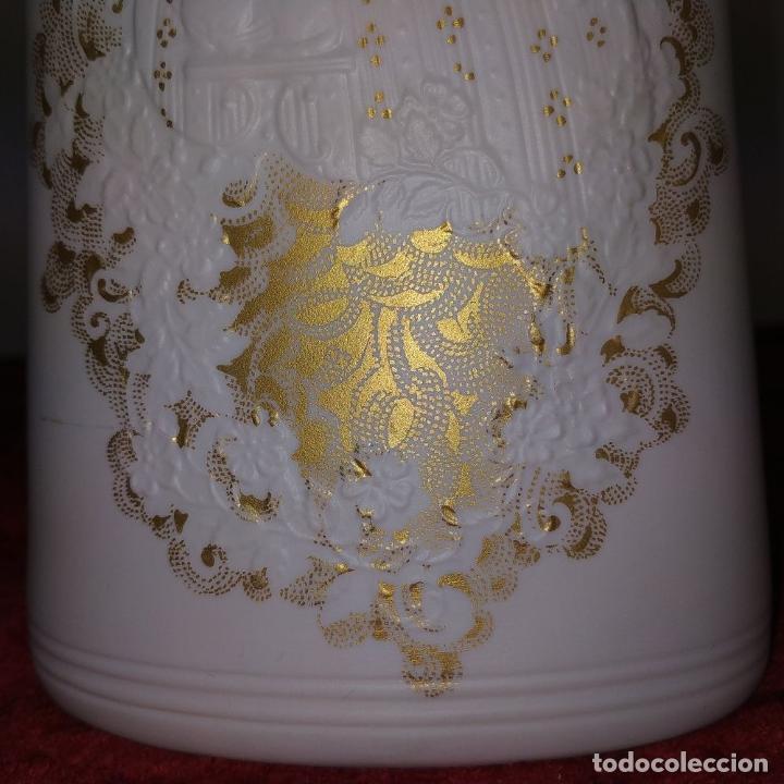 Antigüedades: JARRÓN. BISCUIT CON DECORACIÓN EN ORO. PORCELANA KAISER. MOD RHAPSODIE. 627. ALEMANIA. XX - Foto 9 - 185887735