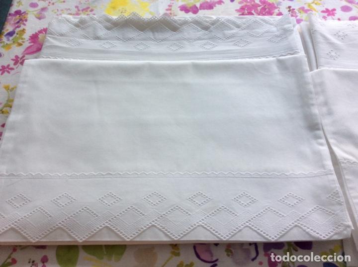 Antigüedades: 2 juegos de sábanas con tira bordada años 70. Impecables - Foto 8 - 185930241
