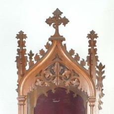 Antigüedades: HORNACINA Ó CAPILLA. MADERA DE CEREZO. ESTILO NEO GÓTICO. ESPAÑA. SIGLO XIX. . Lote 185947455