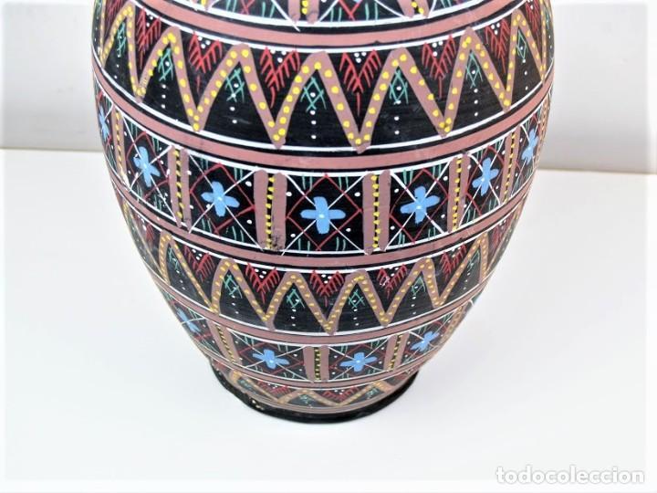 Antigüedades: Bonito florero pintado a mano - Foto 3 - 185953915