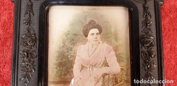 Antigüedades: MARCO PARA FOTOGRAFÍA. RESINA TALLADA. SIGLO XIX-XX. - Foto 3 - 185961220