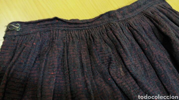 Antigüedades: Delantal antiguo de algodon y seda - Foto 3 - 185970140