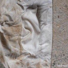 Antigüedades: ANTIGUA FUNDA PROTECTORA PARA SILLA DE MONTAR ESPAÑOLA. Lote 185977051