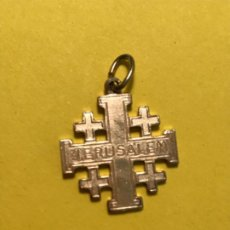 Antigüedades: ANTIGUA CRUZ JERUSALEM SELLO ITALY CRUZ JERUSALEM ORO / PLATA DORADA (NO INMANTA ) 2,6X 2 CM. Lote 185990266