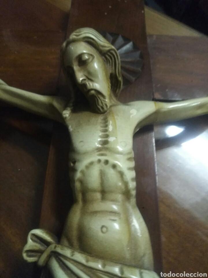 Antigüedades: Gran Cruz en madera y estuco. - Foto 2 - 185995395