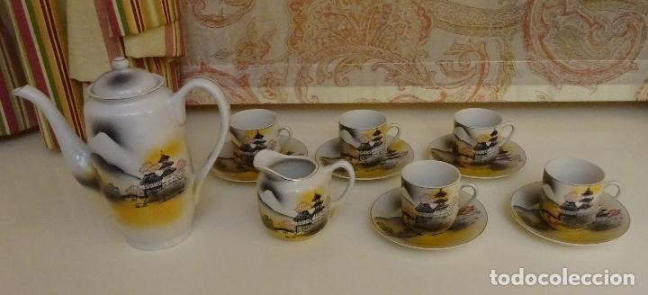 PORCELANA JUEGO DE CAFÉ / TE CON CAFETERA, LECHERA Y 5 SERVICIOS. TRANSPARENCIA GEISHA (Antigüedades - Porcelana y Cerámica - Japón)