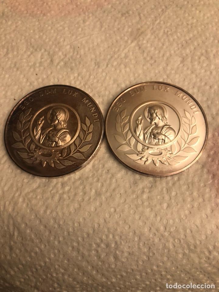 LOTE DE 2 MEDALLAS ENTRADA AL TERCER MILENIO AÑO 2000, PLATA DE LEY 90 GRAMOS (Antigüedades - Religiosas - Medallas Antiguas)