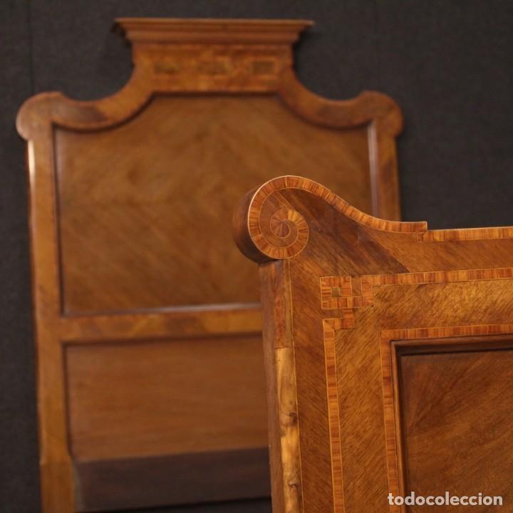 Antigüedades: Cama individual italiana en estilo Luis XV en madera con incrustaciones - Foto 4 - 186048207
