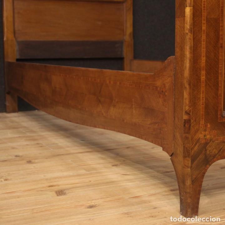 Antigüedades: Cama individual italiana en estilo Luis XV en madera con incrustaciones - Foto 6 - 186048207