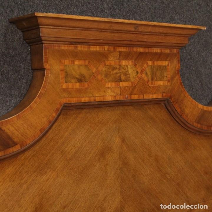 Antigüedades: Cama individual italiana en estilo Luis XV en madera con incrustaciones - Foto 8 - 186048207