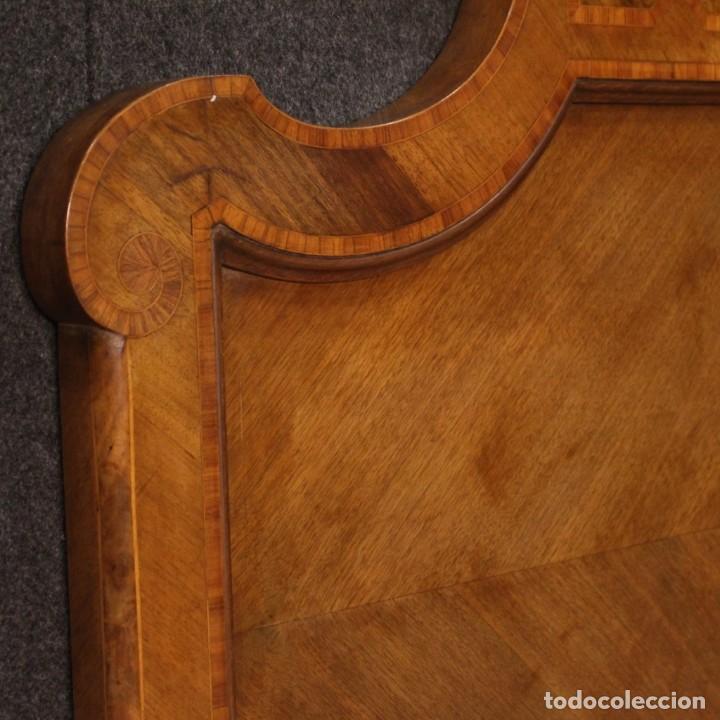 Antigüedades: Cama individual italiana en estilo Luis XV en madera con incrustaciones - Foto 9 - 186048207