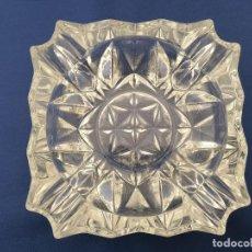 Antigüedades: CENICERO DE CRISTAL AÑOS 60. Lote 186055822