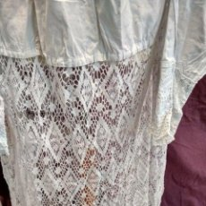 Antigüedades: ANTIGUA ALBA DE CURA EN ALGODON Y CROCHET. Lote 186060962