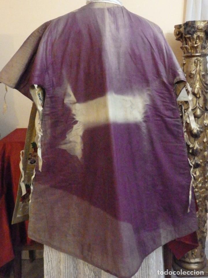 Antigüedades: Pareja de dalmáticas confeccionadas en seda brocada con oro y otras sedas. S. XIX. - Foto 29 - 183208772
