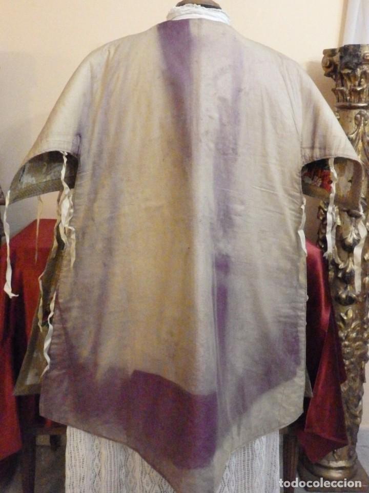 Antigüedades: Pareja de dalmáticas confeccionadas en seda brocada con oro y otras sedas. S. XIX. - Foto 31 - 183208772
