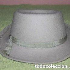 Antigüedades: SOMBRERO ANTIGUO COLO GRIS DE MUJER. Lote 186123766