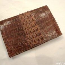 Antigüedades: CARTERA DE PIEL DE COCODRILO 15 X 10 CM. Lote 186136651