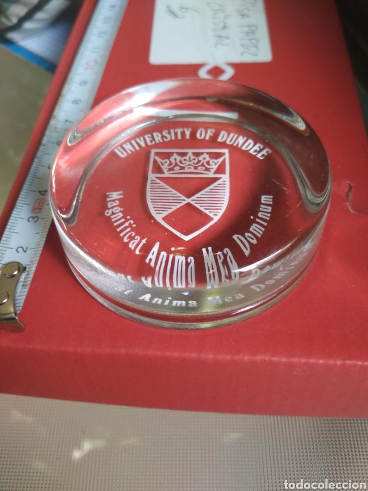 Antigüedades: Pisapapeles de cristal, Universidad de Dundee. - Foto 2 - 186143148