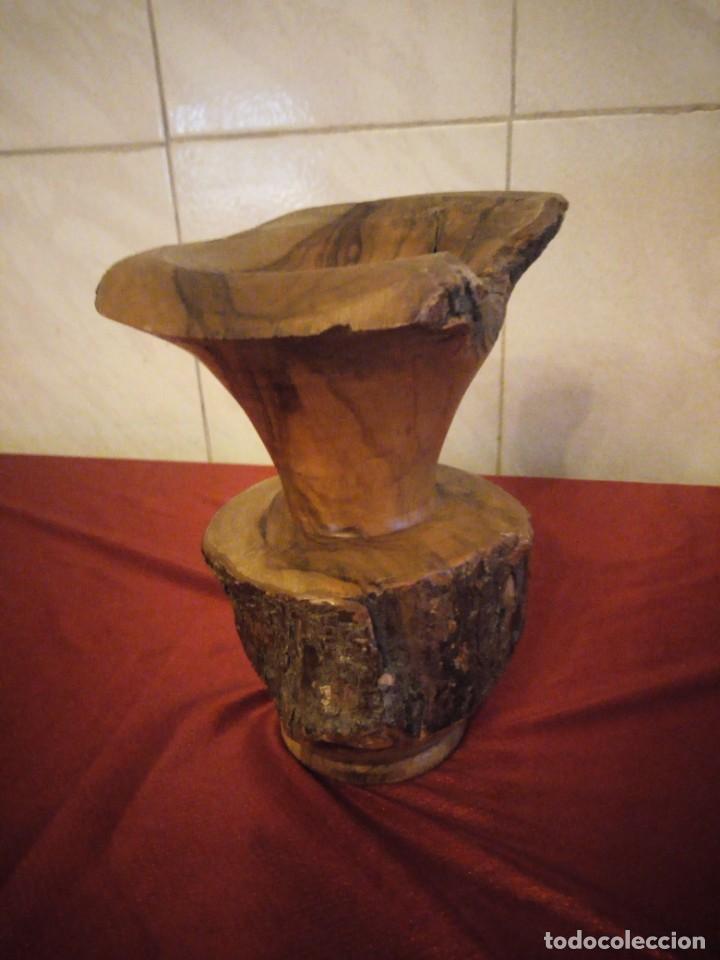 Antigüedades: Precioso jarrón tallado en madera teca de raíz - Foto 3 - 186171278
