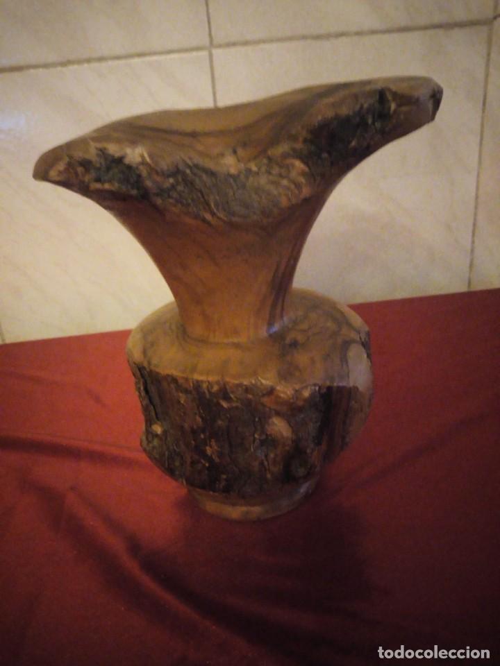 Antigüedades: Precioso jarrón tallado en madera teca de raíz - Foto 7 - 186171278
