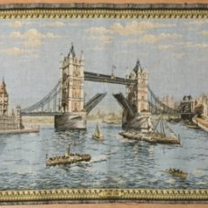 Antigüedades: ANTIGUO TAPIZ DE LONDRES. Lote 186188651
