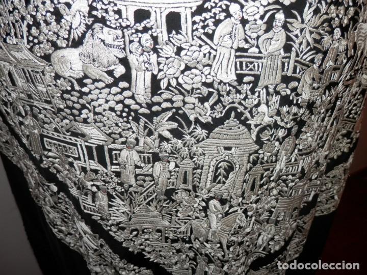 Antigüedades: ANTIGUO MANTON DE MANILA, BORDADO A MANO, MOTIVOS CHINESCOS, BUEN ESTADO - Foto 12 - 186273320