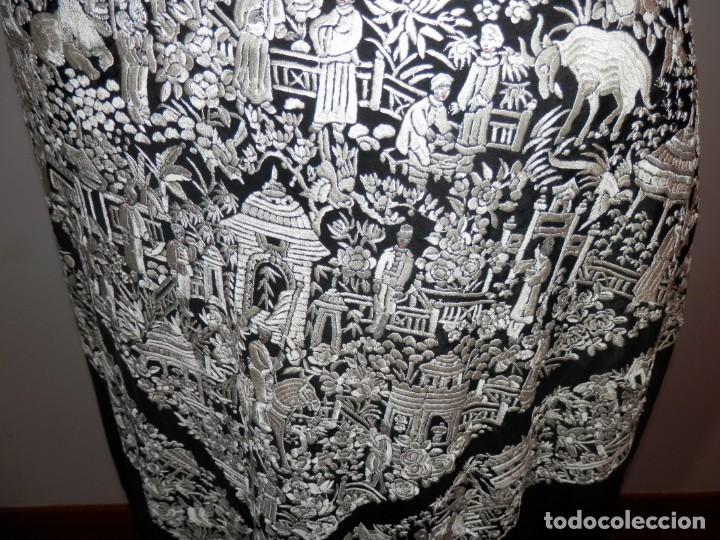 Antigüedades: ANTIGUO MANTON DE MANILA, BORDADO A MANO, MOTIVOS CHINESCOS, BUEN ESTADO - Foto 19 - 186273320