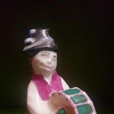 Antigüedades: FIGURA CASTRO - HOMBRE DEL BOMBO - FIGURA DESCATALOGADA. Lote 186367068