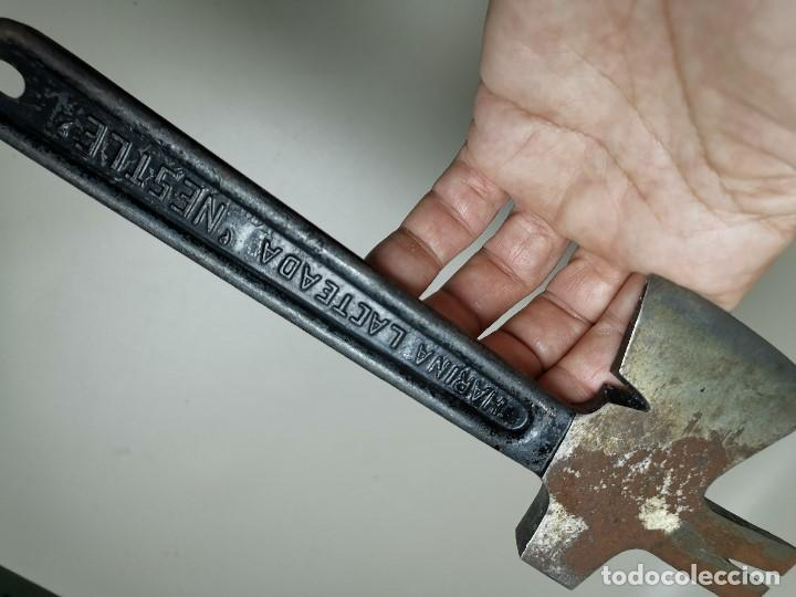 Antigüedades: HERRAMIENTA PUBLICITARIA LA LECHERA-LECHE NESTLE-UTIL HACHA MULTIUSOS ABRIR CAJAS MADERA TRANSPORTE - Foto 21 - 186374238