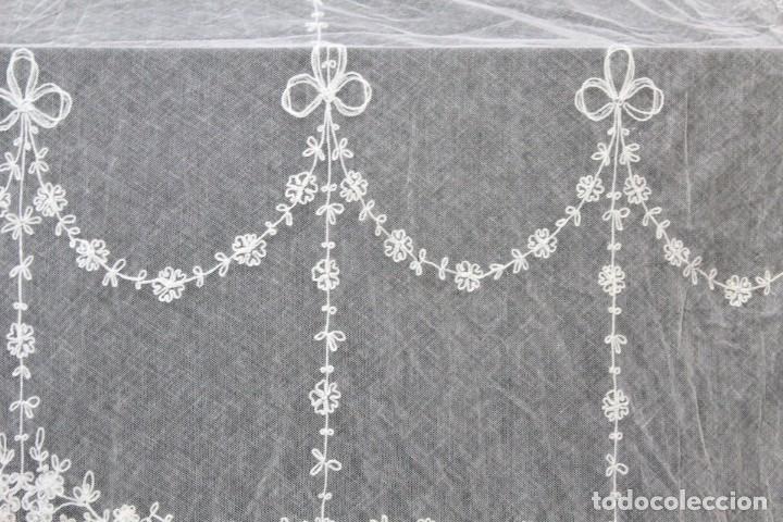 Antigüedades: t4 Preciosa cortina bordada a mano, realce, cadeneta, frivolité- Años 1900 - Foto 5 - 186377342