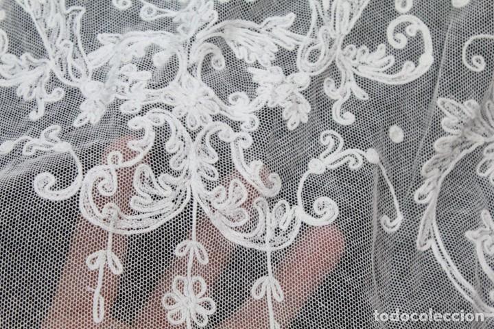 Antigüedades: t4 Preciosa cortina bordada a mano, realce, cadeneta, frivolité- Años 1900 - Foto 11 - 186377342