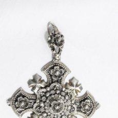 Antigüedades: PRECIOSA Y ANTIGUA CRUZ DE JERUSALÉN COLGANTE. Lote 186397646