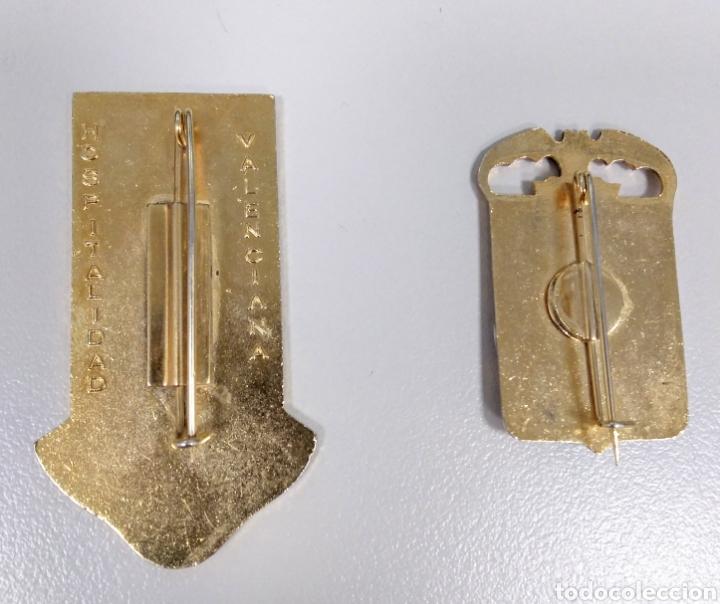 Antigüedades: Lote 2 broches antiguos virgen de Lourdes. Valencia - AC10 - Foto 2 - 186408012