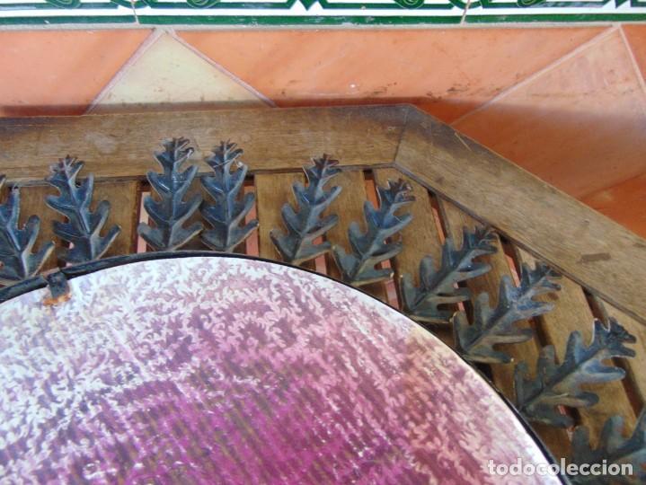 Antigüedades: ESPEJO TIPO SOL CON HOJAS DE METAL MIDE 77 CM DE FUERA A FUERA Y 47 CM DE CRISTAL - Foto 9 - 186408437