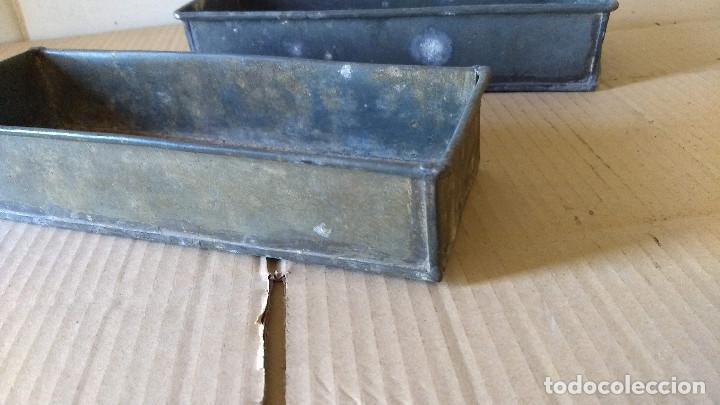 Antigüedades: Dos cajas de Zinc. Incicios del siglo XX - Foto 2 - 186444785