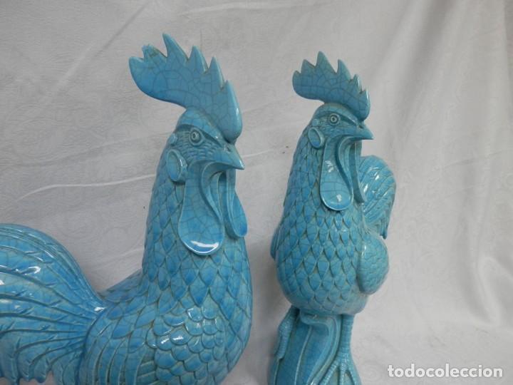 Antigüedades: GALLOS CERAMICA ESMALTADA AZUL TURQUESA, ALGORA, 44 CM - Foto 15 - 186458762