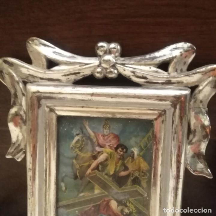 Antigüedades: Antiguo viacrucis con marco de plata corleada y litografía iluminada siglo xix - Foto 7 - 183519570