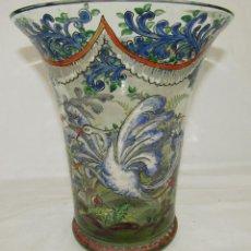 Antigüedades: JARRON VIDRIO PINTADO FIRMADO CIRERA. Lote 186528288