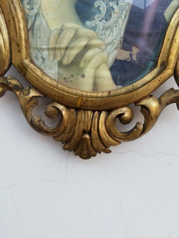 Antigüedades: Muy antiguo marco cornucopia en madera tallada y pan de oro con imagen religiosa hecho a mano - Foto 3 - 186546831